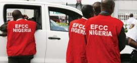Fayose's Men Hide As EFCC Storms Ekiti