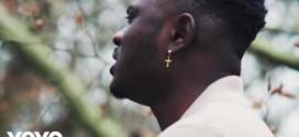 VIDEO: Moelogo – Shine Your Light